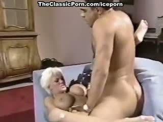 Amber Lynn, J.R. Carrington, Holly Body In Classic Fuck Clip