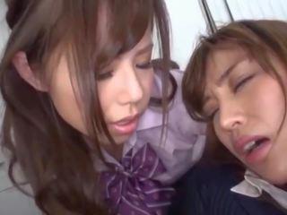 japonais, lesbiennes, vieux + jeune