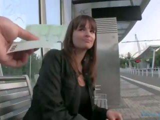 Pubblico agent - ceco ragazza fucks su il grass (huuu)