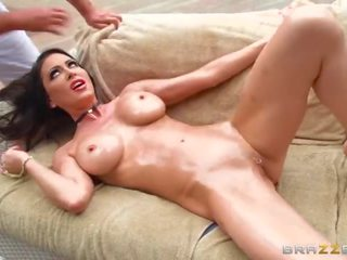 Brazzers - Jessica Gets a Massage Then Gets Fucked by a Big Cock