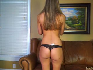 Hot Girl Fingering Her Pussy on Casting Couch: Free Porn 7c
