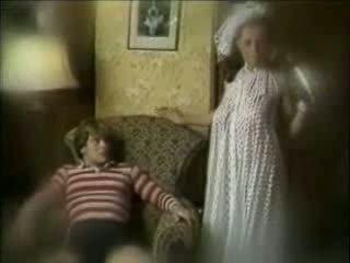 Niegodziwy matka seduces syn
