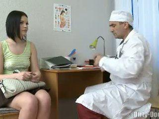 vagina film, mooi dokter scène, ziekenhuis