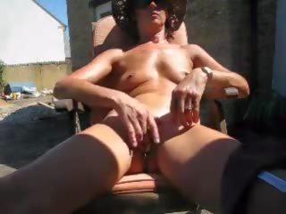 Sunbathing Wife Rubbing, Free Outdoor Porn 1a