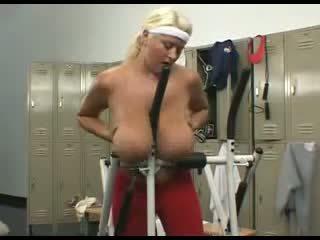 BBW saggy tits Susie dildo fucks herself