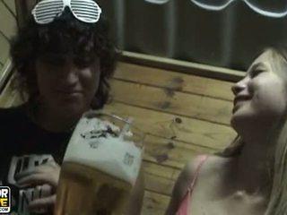 echt tiener paar, hq amateurs porno, groot zoenen gepost