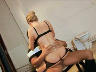 Classy Babe Loves Teasing Her Man& 039 S Cock with Her