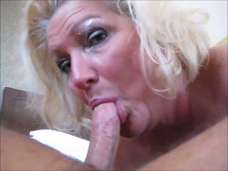 Darlene: sperma w usta & dojrzała porno wideo f0