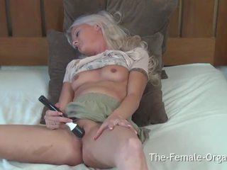 coed, vibrator, masturbating