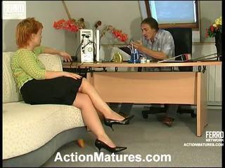 Ophelia ve marcus kaslı mini etek video