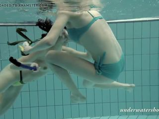 mooi tieners neuken, swimming gepost, meer genieten kanaal