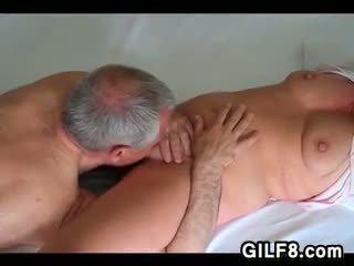 meer orale seks, likken, grootmoeder tube