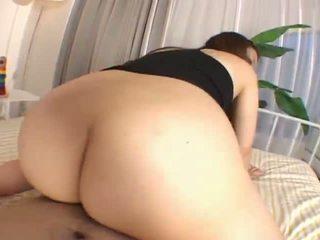 Mai miyamabeautiful אסייתי נוער enjoys having סקס מן the rear