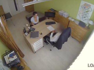 ideaal auditie scène, heet interview, verborgen cams klem