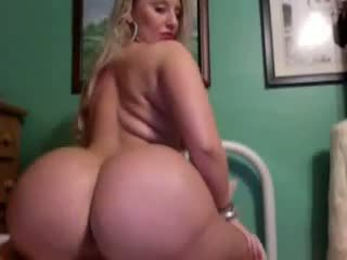 Thick Blonde with a Booty, Free Blonde Booty Porn Video d9