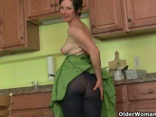 Mom's μυστικό masturbation τεχνική