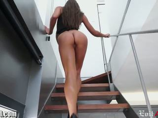 ideaal brunette, alle cumshots vid, doggystyle