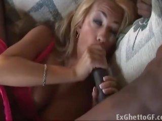 kijken brunette tube, plezier grote lul neuken, pijpbeurt thumbnail