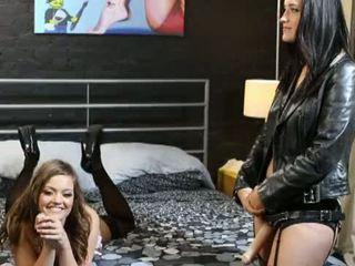 Заемат мой дупе - зад на сцени