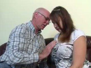 Régi grandfather elcsábítás német grand-daughter hogy első fasz