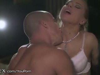 Daringsex pure erotica
