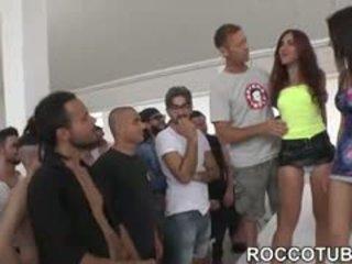 Valentina nappi gangbanged iki jos fans metu porno boot camp
