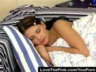 Pavlina Wakes Up Horny