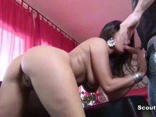 Nahuli Ng Ina pornograpya