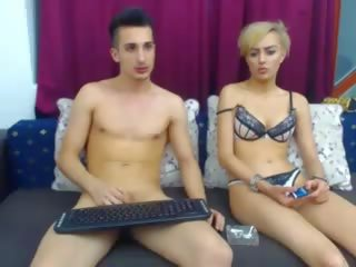 webcam, pijpbeurt gepost, controleren 18 jaar oud