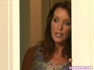 Rachel steele walks في في elexis monroe كما هي changes إلى تذهب خارج ل steamy encounter ensues