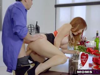 Momsteachsex - Mom and Stepsons Romantic Vday Fuck S7:E7