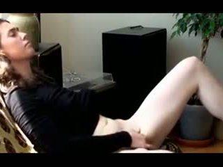 Jewish girl masturbating till she has an orgasm