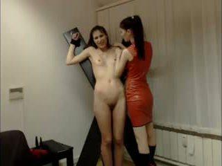 lesbiennes, vers strapon, alle spanking film