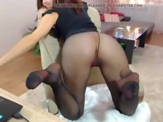 Pantyhose Hottie and Red Heels, Free Mobile and Free Mobile Porn Video
