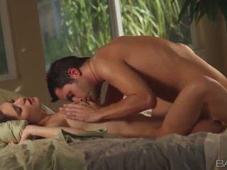 ιδανικό μελαχροινή κάθε, hardcore sex Καυτά, κάθε στοματικό σεξ