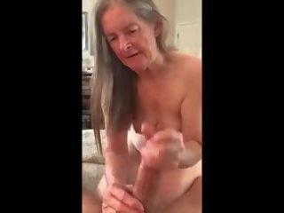 pijpen, vers cum in de mond mov, grootmoeder film