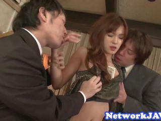 Vacker japanska beauty suga kuk i threeway: fria porr bd