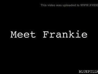 Frankie Popping Loads on Latina Hottie