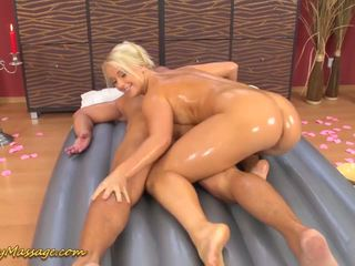 Slippery Big Ass in Action, Free In Ass Porn 26