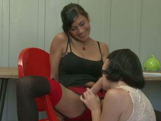 lesbiennes vid, brunettes tube, dildo tube