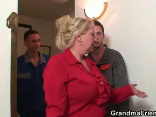 אמא, הישן pussy, סבתא