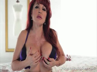 Sexy Vanessa Wants Your Cock