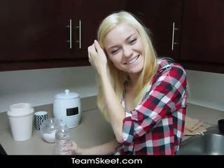 Shesnew vājas blondīne pusaudze chloe veicināt pov homema