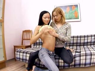 echt brunette thumbnail, divan vid, online aanbiddelijk