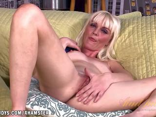Marie Mccray Loves that Toy in Her Cooch, Porn a1