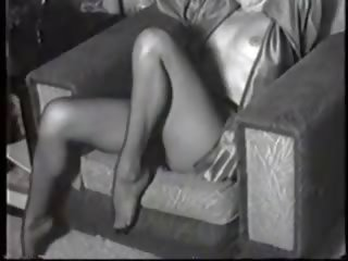 Champagne Lips: Free Pantyhose Porn Video 9c