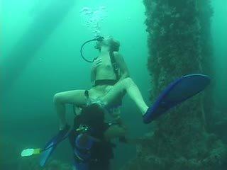깊은 scuba 삼인조 - 부분 1
