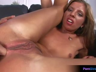 Beauty Babe Dorina Let Timur Cum on Her Mouth