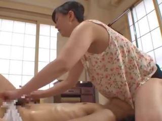 Mature japonais massage et sexe