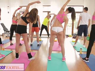 Fitnessrooms Barbara Bieber Has a Sexual Workout after